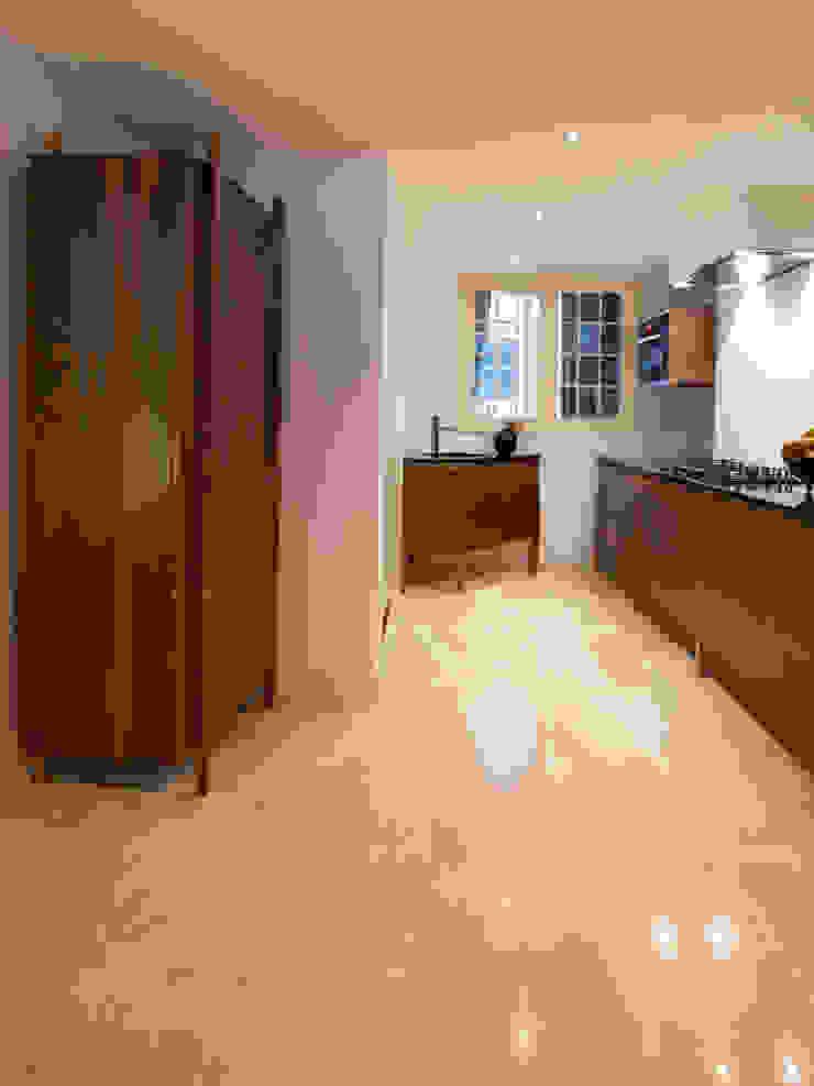 Cocinas de estilo moderno de fridavanderpoel/atelier de bank Moderno