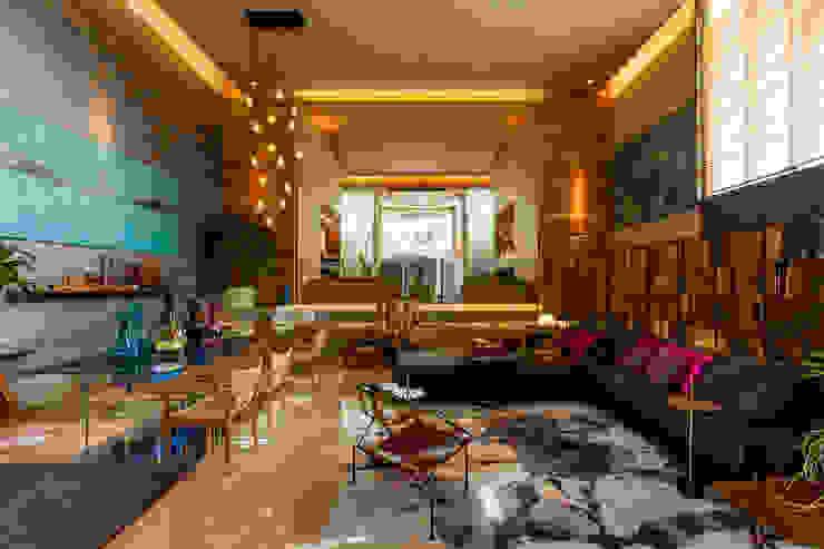 Salas de estar modernas por Denise Barretto Arquitetura Moderno