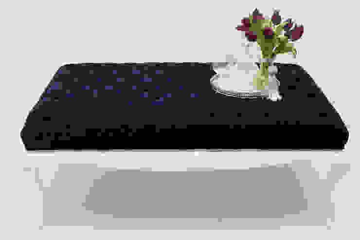 Blue Oyster por ORCHIDS LOFT Moderno