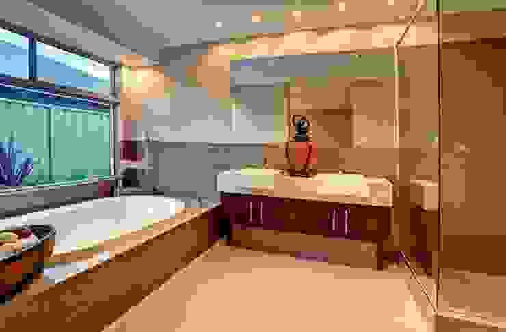 Bathrooms by Moda Interiors, Perth, Western Australia Classic style bathroom by Moda Interiors Classic