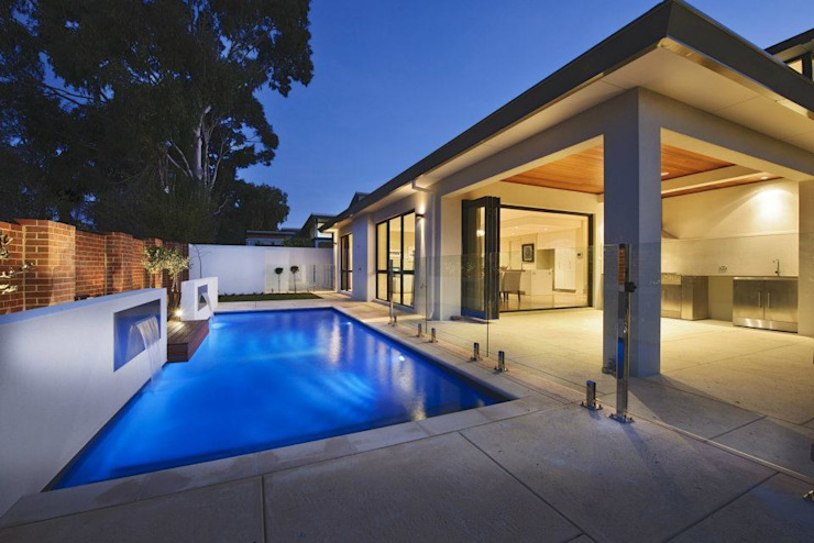 ​Alfresco, Outdoor Living, Patio, Deck by Moda Interiors, Perth, Western Australia Modern pool by Moda Interiors Modern