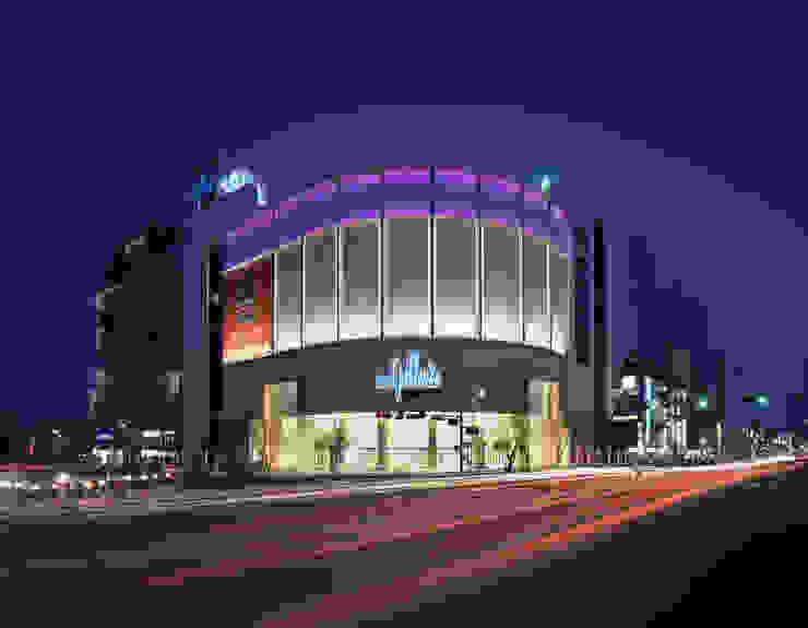 수원 갤러리아 백화점_2006 트로피컬 스타일 쇼핑 센터 by Eon SLD 휴양지