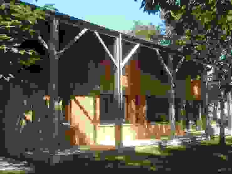 maison NEV Maisons rurales par Cécile Boerlen Architecte SARL Rural