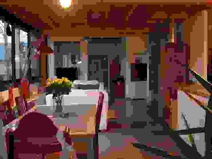 maison NEV Salle à manger rurale par Cécile Boerlen Architecte SARL Rural