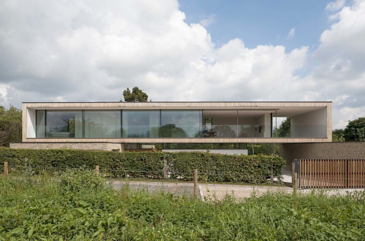 Front facade by John Pardey Architects