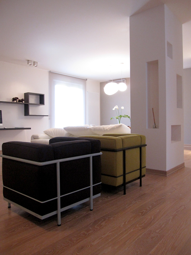 Salas de estilo moderno de Laura Canonico Architetto Moderno