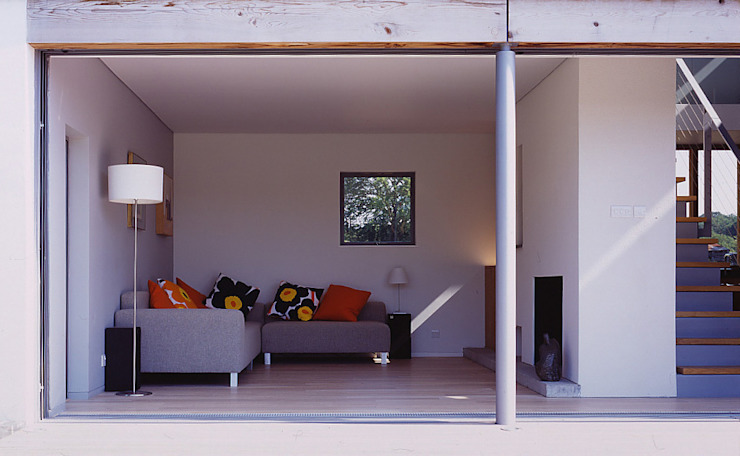 The Duckett House by John Pardey Architects
