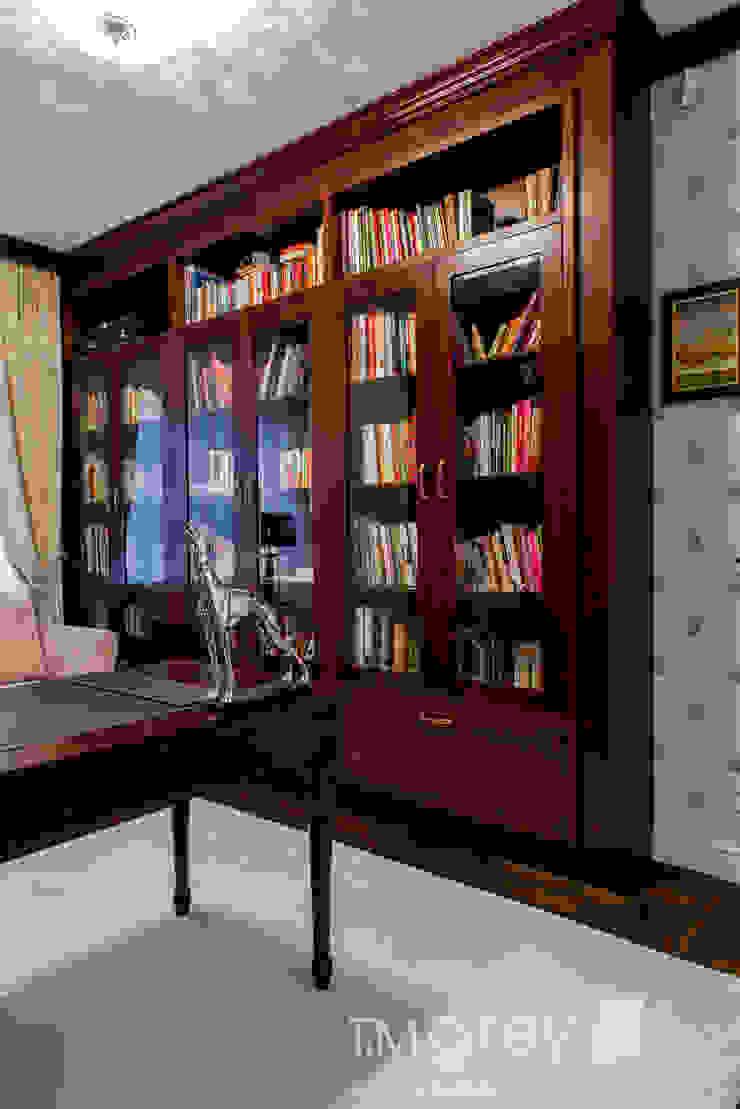 Classic Design – 230m2 Klasyczne domowe biuro i gabinet od TiM Grey Interior Design Klasyczny