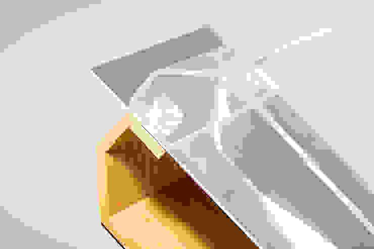 modern  by SOS-Design, Modern