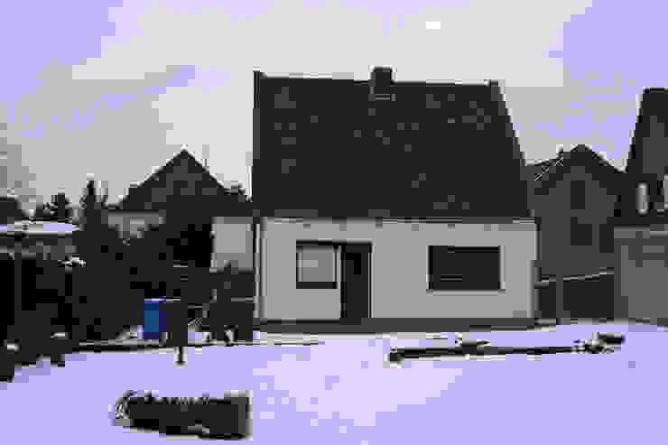 Projekty,  Domy zaprojektowane przez Rathscheck Schiefer und Dach-Systeme ZN der Wilh. Werhahn KG Neuss,