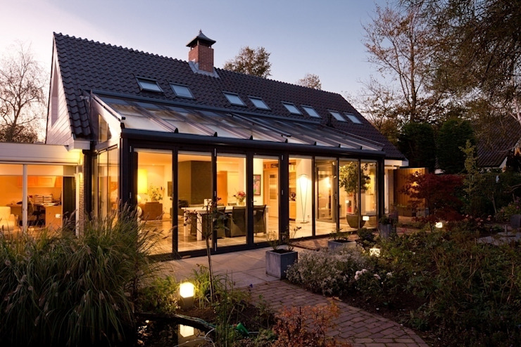 Solarlux serre:  Woonkamer door Solarlux, Modern