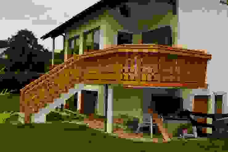 Terrazas de estilo  por BEGO Holz und Stahl, Rústico