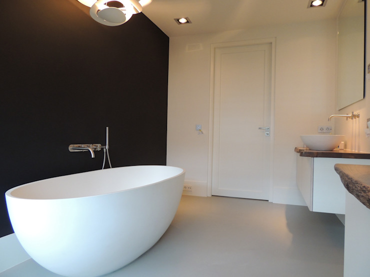 Badkamers Moderne badkamers van Design Gietvloer Modern
