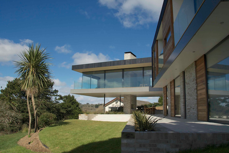 The Owers House by John Pardey Architects