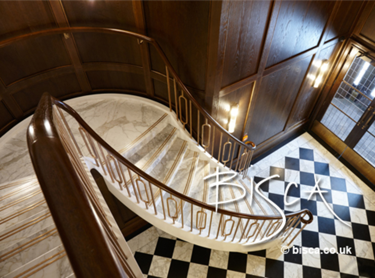 Stone Staircase by Bisca Classic style corridor, hallway and stairs by Bisca Staircases Classic