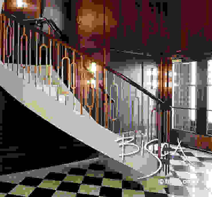 Stone Staircase - Southampton Street Apartment Development Couloir, entrée, escaliers classiques par Bisca Staircases Classique