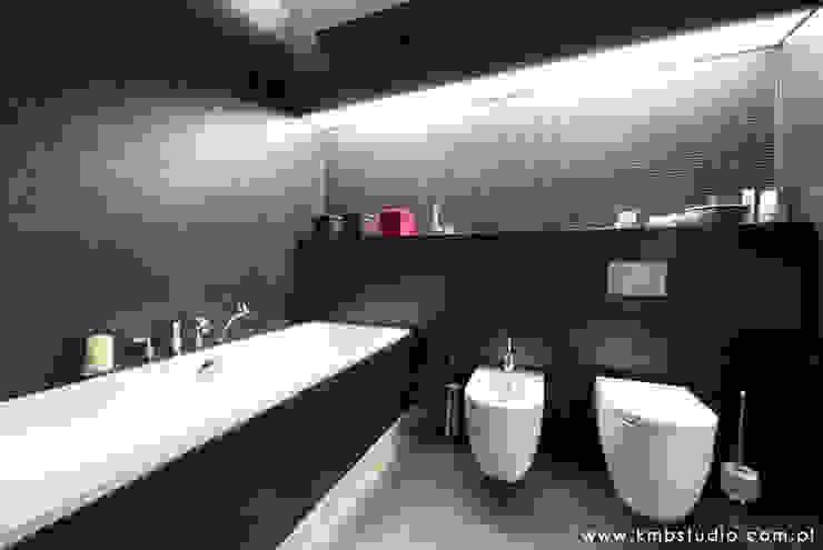 mieszkanie Wilanów Nowoczesna łazienka od kmb studio Nowoczesny