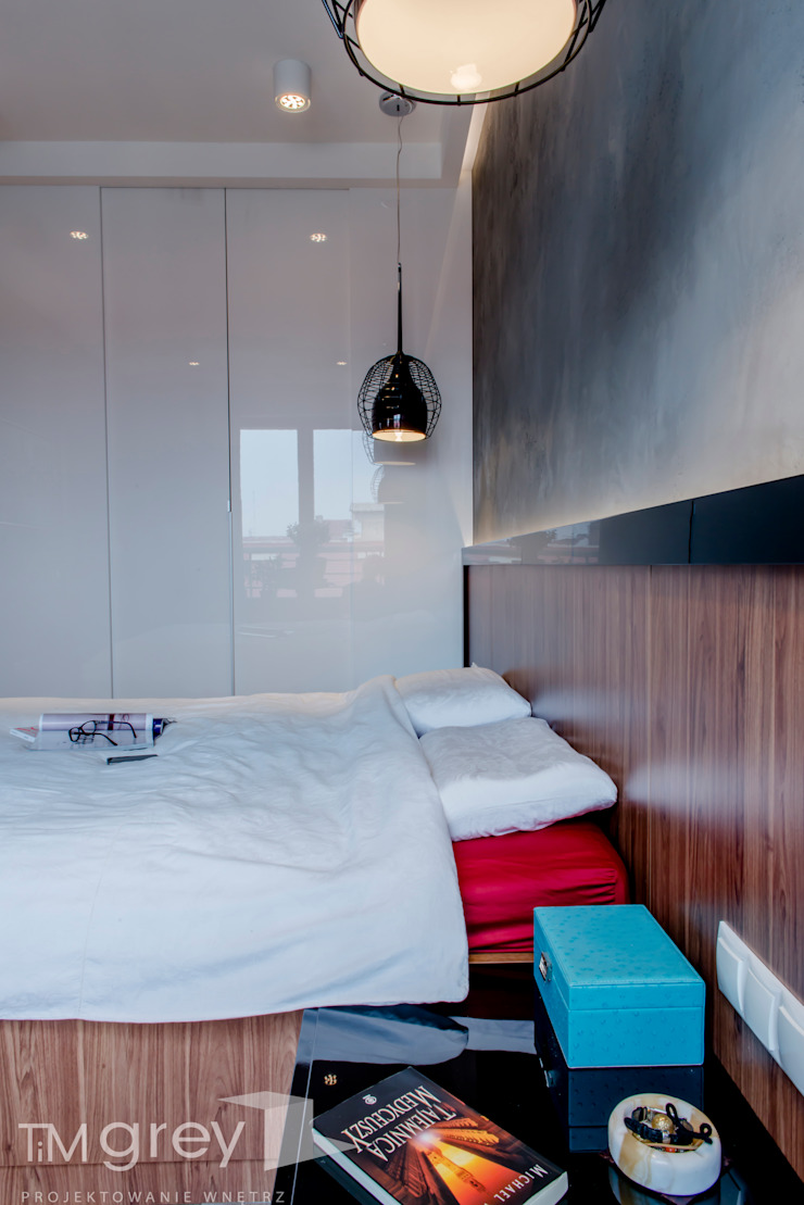 Modern Apartment – 100m2 Nowoczesna sypialnia od TiM Grey Interior Design Nowoczesny