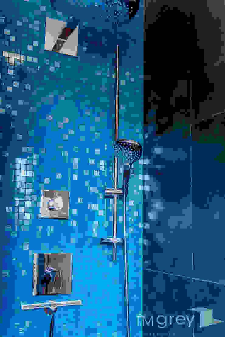 Modern Apartment – 100m2 od TiM Grey Interior Design Nowoczesny