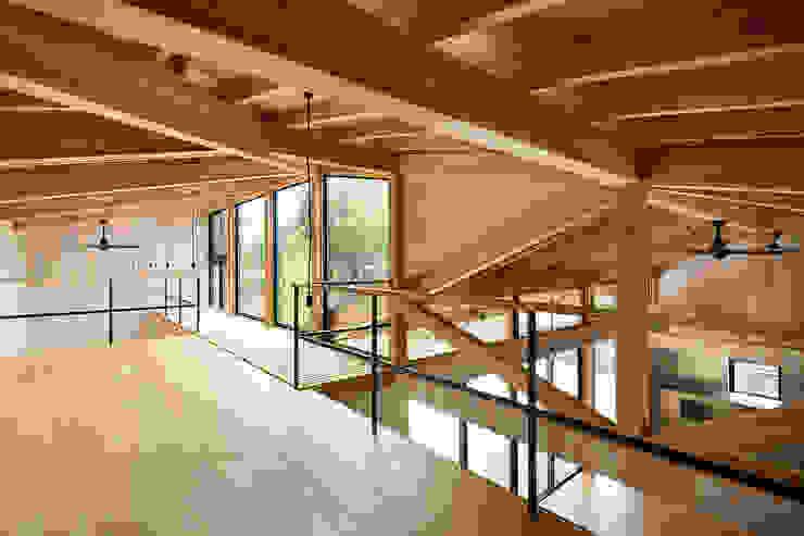 Qilin オリジナルデザインの 多目的室 の 松島潤平建築設計事務所 / JP architects オリジナル