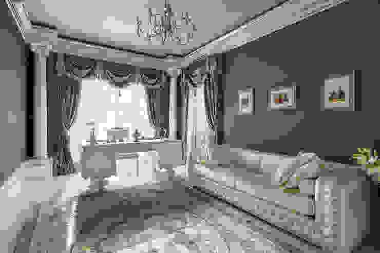 Дом в Песочном Рабочий кабинет в классическом стиле от Privilege Design Классический