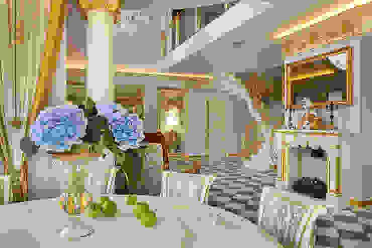 Дом в Песочном Столовая комната в классическом стиле от Privilege Design Классический