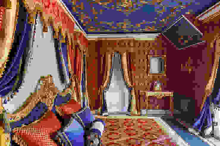 Дом в Песочном Спальня в классическом стиле от Privilege Design Классический
