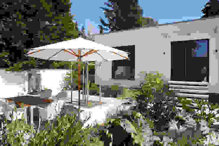 2P-raum® Architekten Jardins modernos