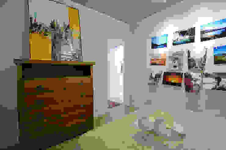 Tropische Schlafzimmer von Michele Moncks Arquitetura Tropisch
