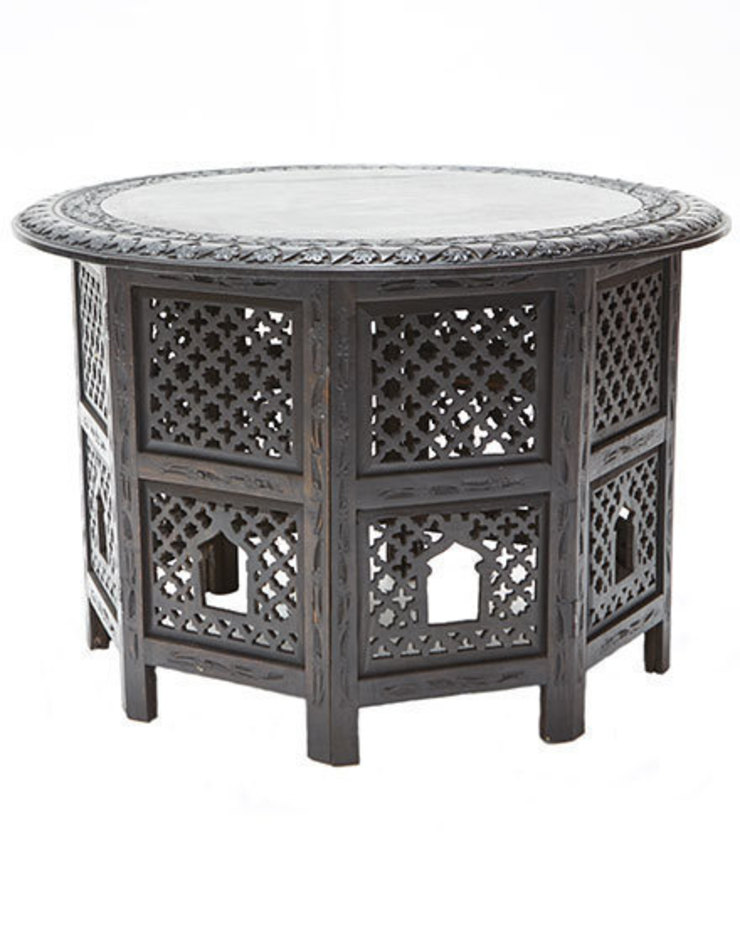 Black Wooden Carved Moroccan Round Table de Moroccan Bazaar Mediterráneo