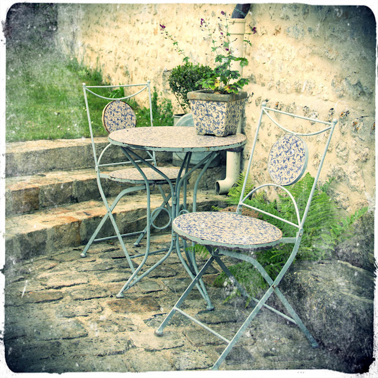 Maurine Tric:  tarz Bahçe,