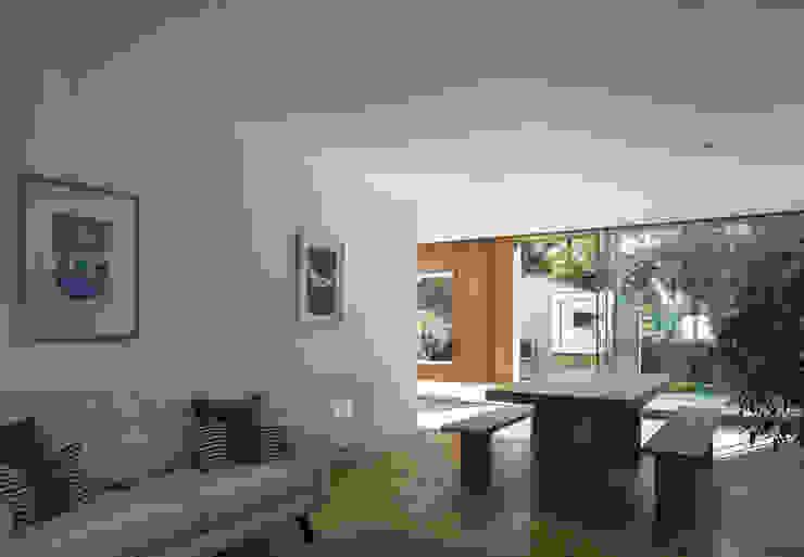 Cut & Frame House Modern living room by Ashton Porter architects Modern