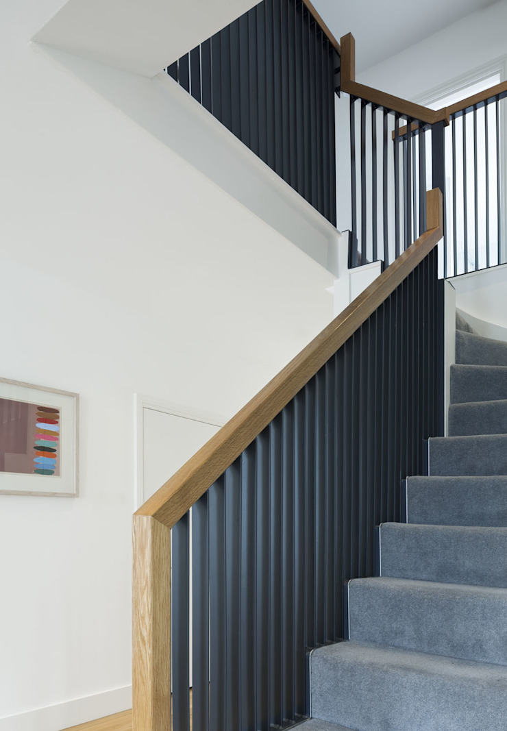 Cut & Frame House Modern corridor, hallway & stairs by Ashton Porter architects Modern