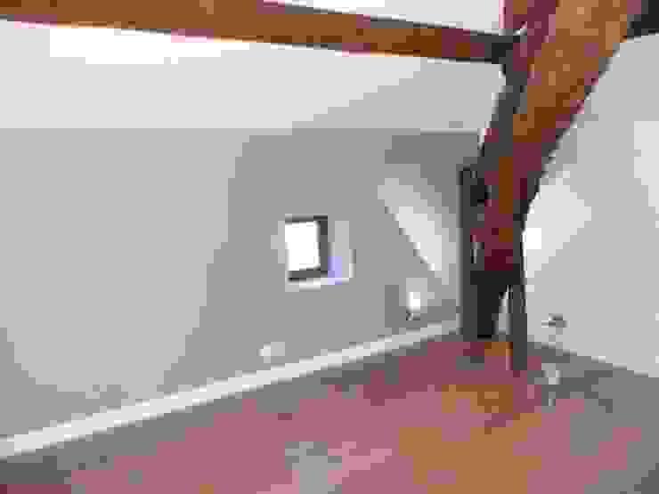 Détail sur une chambre Chambre moderne par AGENCE D'ARCHITECTURE BRAYER-HUGON Moderne