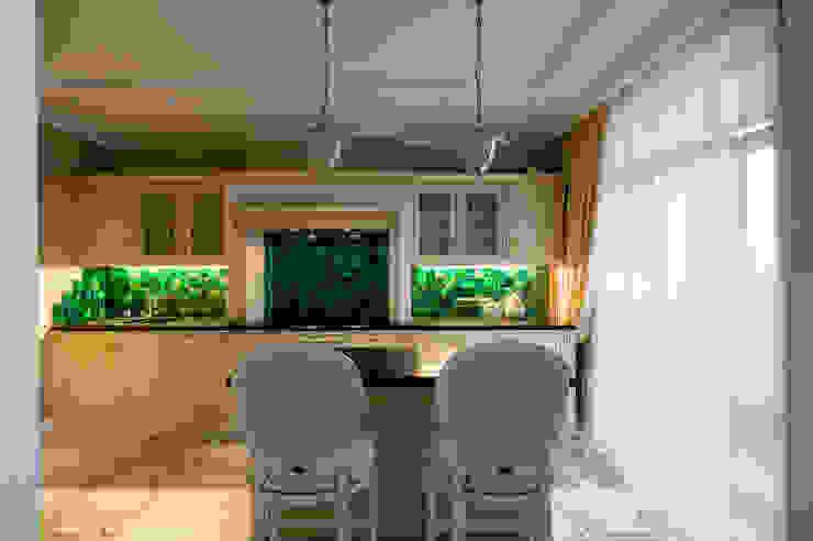 Квартира в Москве 137 кв. м. Кухня в классическом стиле от MM-STUDIO Классический