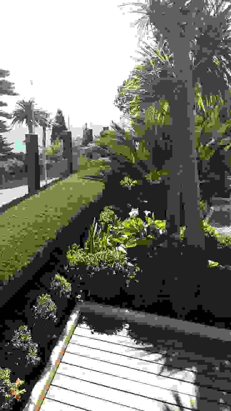 Nazarian Espaces Verts Giardino in stile mediterraneo