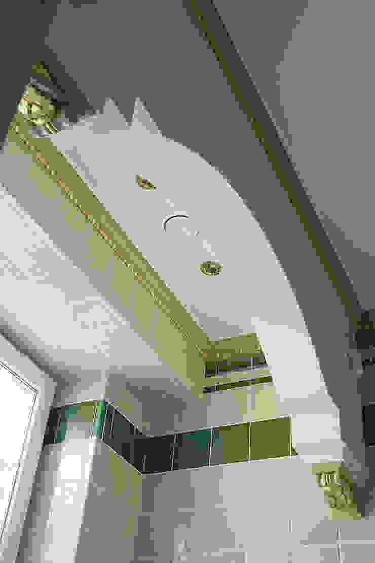 Ванная комната. Арка. Ванная комната в эклектичном стиле от KRAUKLIT VALERII Эклектичный