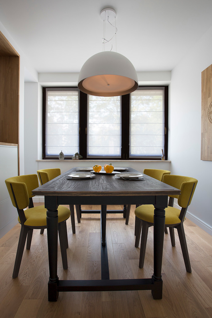 Apartament w Zakopanem - jadalnia Minimalistyczna jadalnia od Jacek Tryc-wnętrza Minimalistyczny