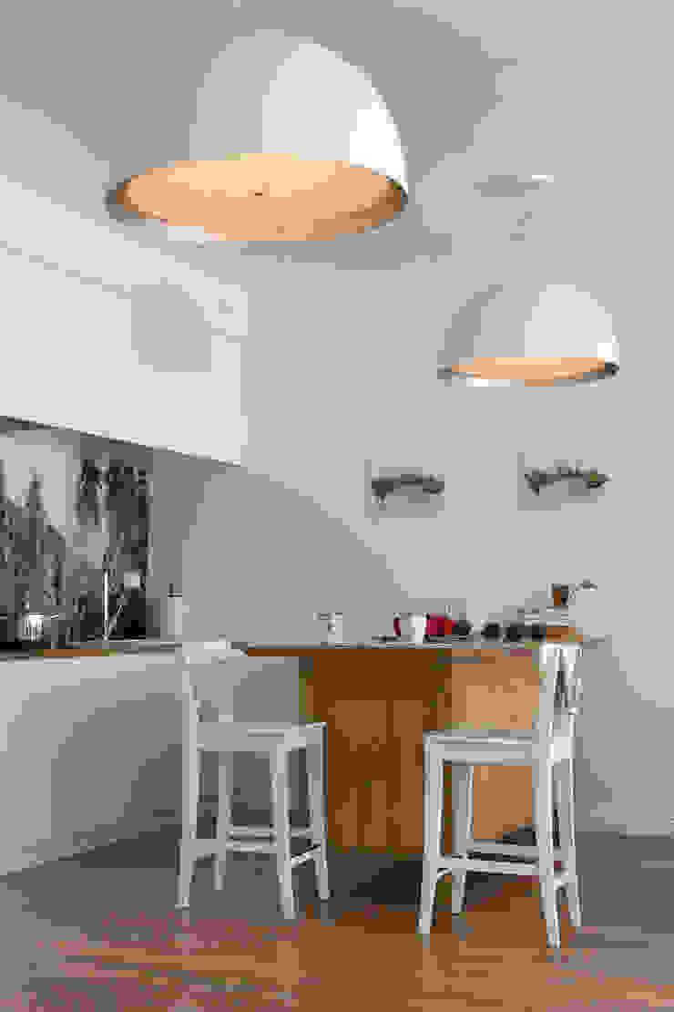 Apartament w Zakopanem - kuchnia Minimalistyczna kuchnia od Jacek Tryc-wnętrza Minimalistyczny