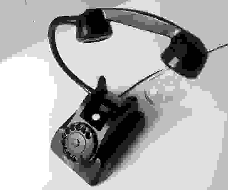 teleLAMPAfon - bLACK Chevy 62' od RefreszDizajn Minimalistyczny