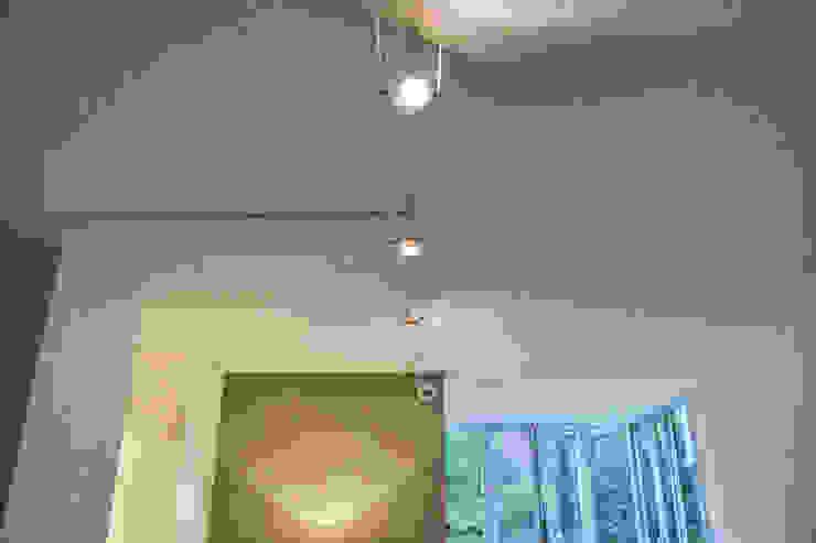 Home Staging di Vanessa Boccia Interior Design Moderno