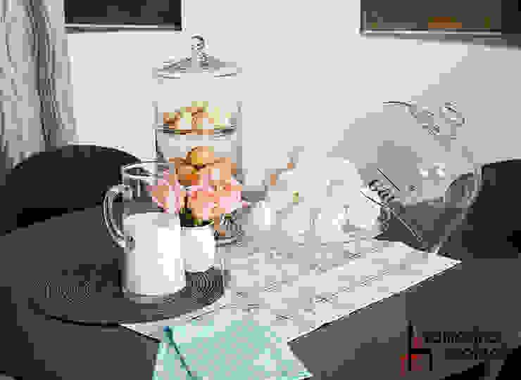 Воздушный зефир Кухня в стиле минимализм от Samarina projects Минимализм