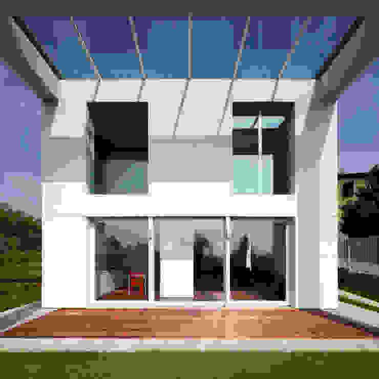 Casa LP Case moderne di Studio Gerosa Moderno