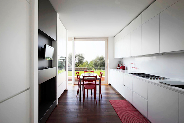 مطبخ تنفيذ Studio Gerosa , حداثي