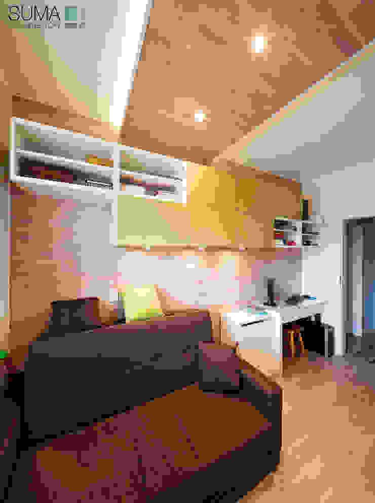 FAMILY_ONE Nowoczesna sypialnia od SUMA Architektów Nowoczesny
