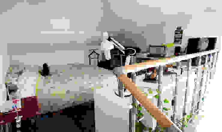 espace chambre / mezzanine Chambre moderne par lmarchitectureinterieure Moderne