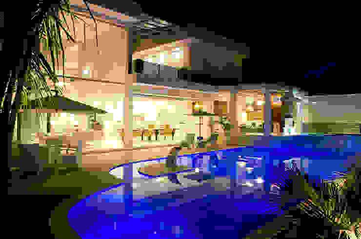 Modern pool by FJ Novaes Light Projects Modern