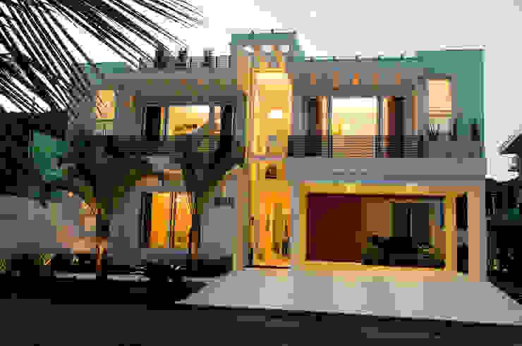 Atlântica 955 Casas modernas por FJ Novaes Light Projects Moderno
