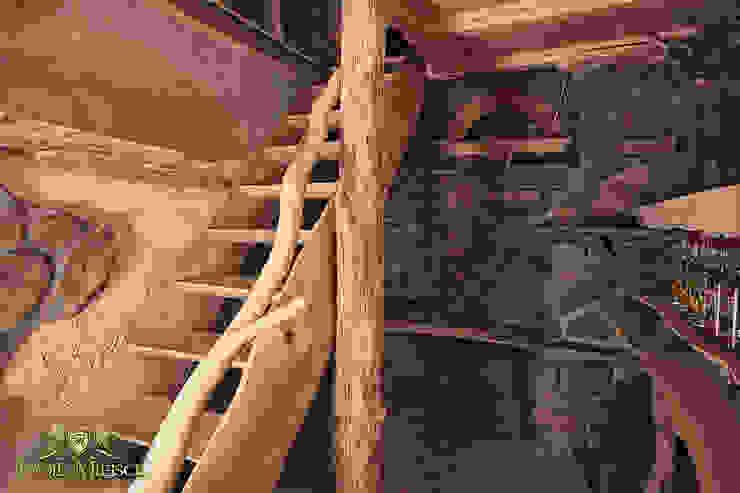 Schody drewniane, piwniczka Klasyczna piwnica win od Twoje Miejsce Klasyczny