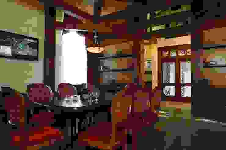 Сигарный клуб Артурс Village Бары и клубы в азиатском стиле от дизайн студия 'LusiSarkis ' Азиатский